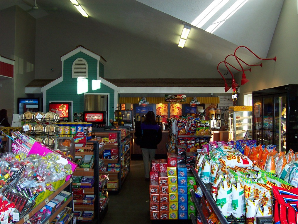 rsz_spring_hill_convenience_store_2